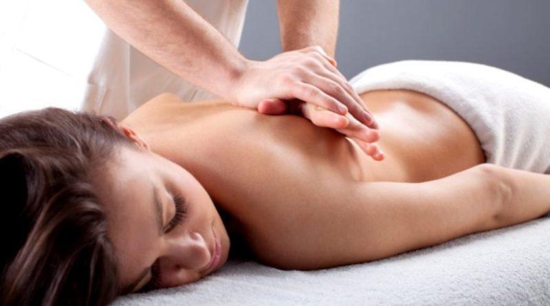 Užijte si na dovolené unikátní masáž od nevidomého